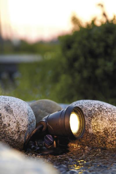 Foco subacuático para la iluminación de estanques – Lunaqua Classic LED